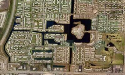 West Palm Beach Condo For Sale: 104 Dorchester E