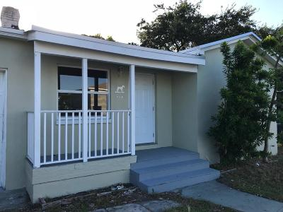 Lake Worth Single Family Home For Sale: 714 H Street