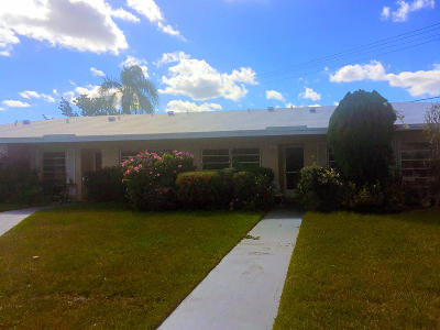 Boca Raton Single Family Home For Sale: 8980 Warwick Drive