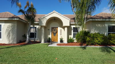 Tequesta Single Family Home Contingent: 33 Chestnut Trail