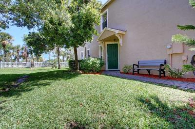 West Palm Beach Townhouse For Sale: 5150 White Oleander