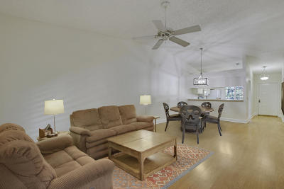 Palm Beach Gardens FL Condo For Sale: $199,900