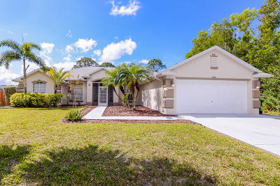 Port Saint Lucie Single Family Home For Sale: 5322 NW Lamoore Lane