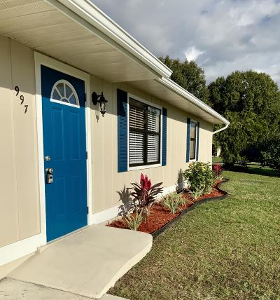Port Saint Lucie Single Family Home For Sale: 997 SW Commonwealth Road