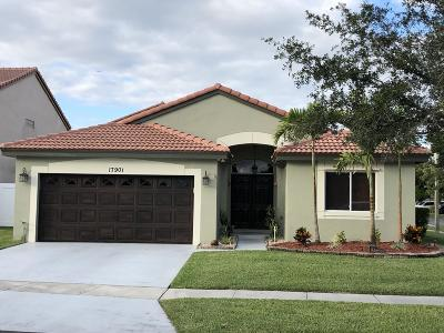 Pembroke Pines Single Family Home For Sale: 17901 NW 19 Street