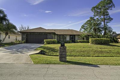 Port Saint Lucie Single Family Home For Sale: 858 SE Kendall Avenue