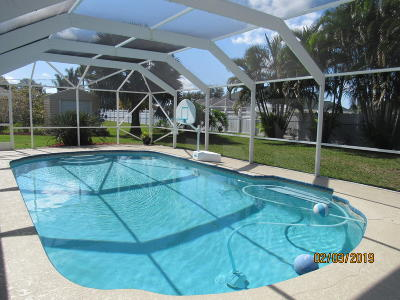 Port Saint Lucie Single Family Home For Sale: 2450 SE Issac Road