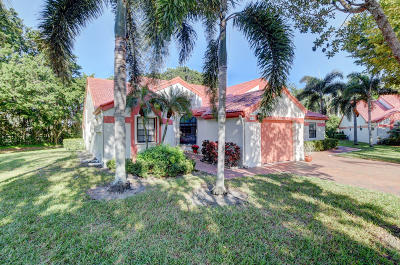 Delray Beach Single Family Home For Sale: 7960 Lexington Club Boulevard #A