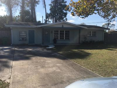 Fort Pierce Single Family Home For Sale: 302 Beach Avenue