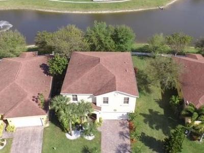 West Palm Beach Single Family Home For Sale: 874 Fieldstone Way