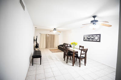 Hollywood FL Condo For Sale: $155,000