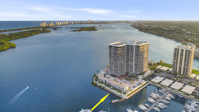 North Palm Beach Condo For Sale: 100 Lakeshore Drive #L-2
