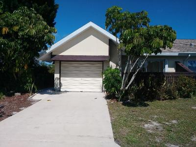 Port Saint Lucie Single Family Home For Sale: 1429 SE Larkwood Circle