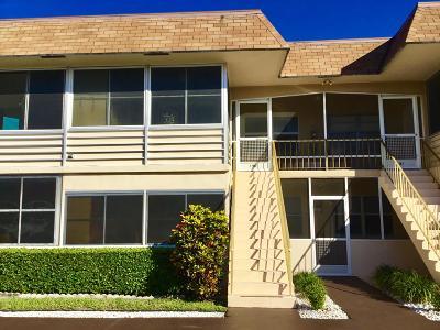 West Palm Beach Condo For Sale: 190 Stratford N