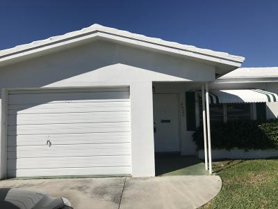 Pompano Beach FL Single Family Home For Sale: $225,000
