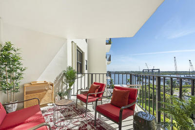 West Palm Beach Condo For Sale: 3800 Washington Road #902