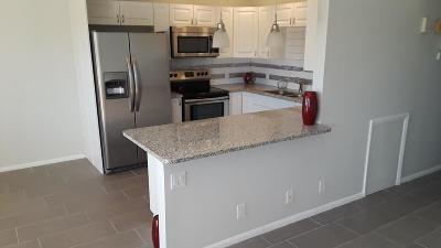 Boca Raton FL Condo For Sale: $165,000