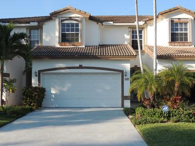 Delray Beach Townhouse For Sale: 885 Dogwood Drive