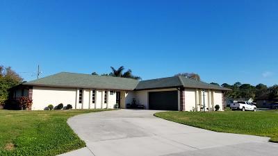 Port Saint Lucie Single Family Home For Sale: 1691 SE SEashore Lane