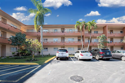 Tamarac FL Condo For Sale: $110,000