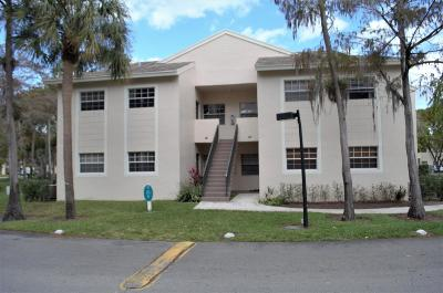 Pompano Beach FL Condo For Sale: $150,000