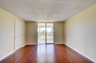 Boca Raton FL Condo For Sale: $200,000