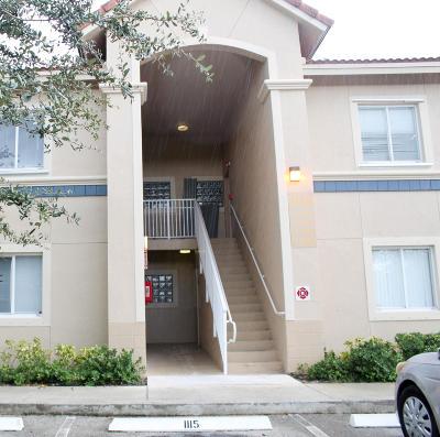 West Palm Beach Condo For Sale: 1169 Golden Lakes Boulevard #1123