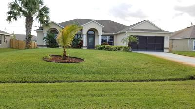 Port Saint Lucie Single Family Home For Sale: 526 SW Kabot Avenue