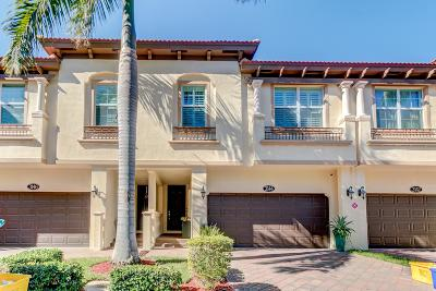 Boynton Beach Townhouse For Sale: 3144 Waterside Circle