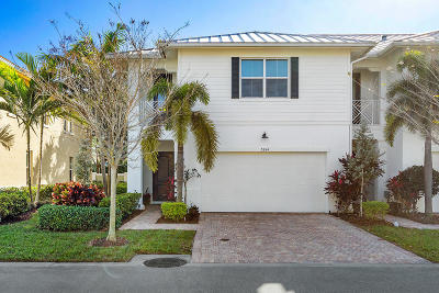 Palm Beach Gardens Townhouse For Sale: 5264 Cambridge Court
