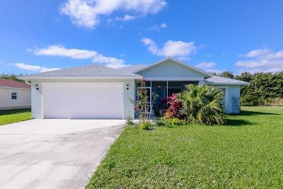 Port Saint Lucie Single Family Home For Sale: 6413 Las Palmas Way