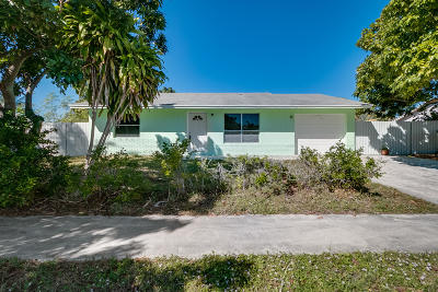 Lake Worth, Lakeworth Single Family Home For Sale: 6151 Carthage Circle