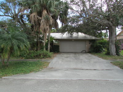 Hobe Sound Single Family Home For Auction: 9306 SE Venus Street
