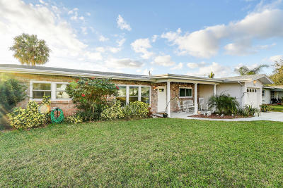 Port Saint Lucie Single Family Home For Sale: 418 Willows Avenue