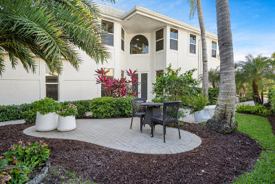 Boca Raton Single Family Home For Sale: 17165 Huntington Park Way