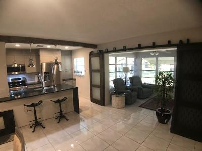 Delray Beach Townhouse For Sale: 5270 Nesting Way #B
