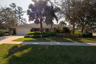 Wellington Single Family Home For Sale: 13586 Barberry Drive