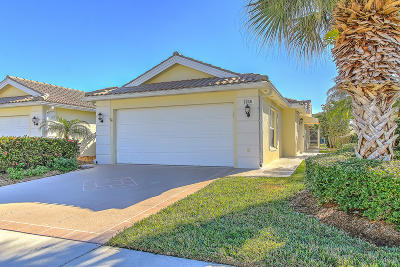Lost Lake, Lost Lake @ Hobe Sound P.u.d., Lost Lake, Double Tree, Lost Lake At Hobe Sound Pud, Double Tree, Double Tree Plat 1, Double Tree, Lost Lake Single Family Home For Sale: 7945 SE Peppercorn Court
