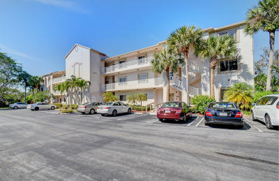 Boynton Beach Condo For Sale: 5084 Rose Hill Drive #1201