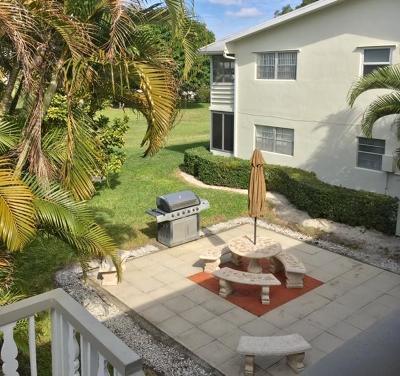 West Palm Beach Condo For Sale: 60 Dorchester C