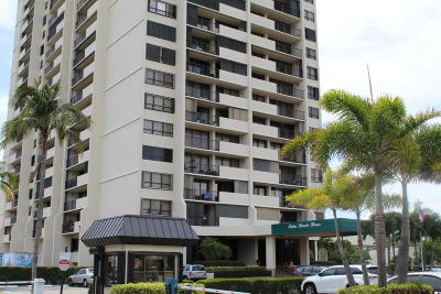 West Palm Beach Condo For Sale: 5600 Flagler Drive #702