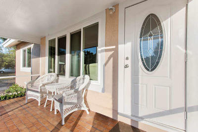 Lake Worth Single Family Home For Sale: 6606 Hillside Lane