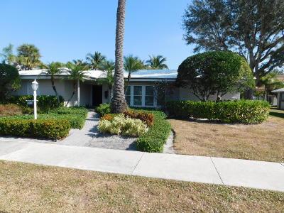 West Palm Beach Single Family Home For Sale: 6700 Pamela Lane