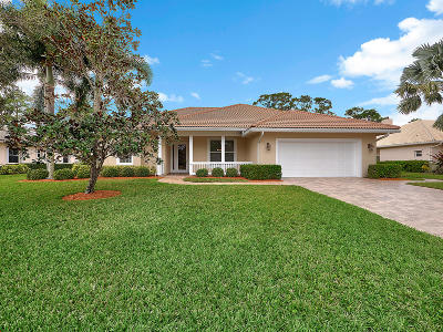 Stuart Single Family Home For Sale: 8868 SW Fishermans Wharf Drive