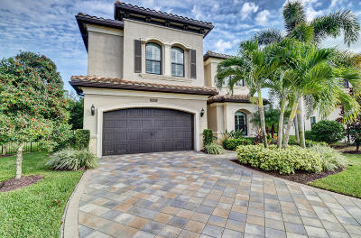 Delray Beach Single Family Home For Sale: 16951 Bridge Crossing Circle
