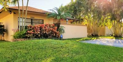 West Palm Beach Single Family Home For Sale: 5262 Robbie Court