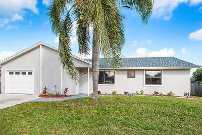 Port Saint Lucie Single Family Home For Sale: 571 SE Crescent Avenue