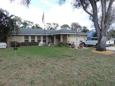 Lake Worth Single Family Home For Sale: 44 W Mango Road E