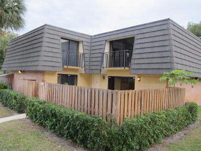 West Palm Beach Townhouse For Sale: 4126 41st Way