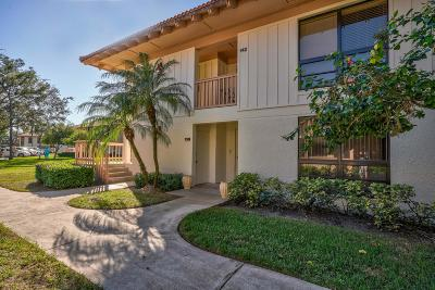 Palm Beach Gardens Condo For Sale: 138 Brackenwood Road